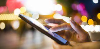 Smartphone app use