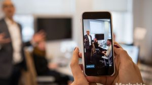Periscope In-Use, Source: Mashable 1